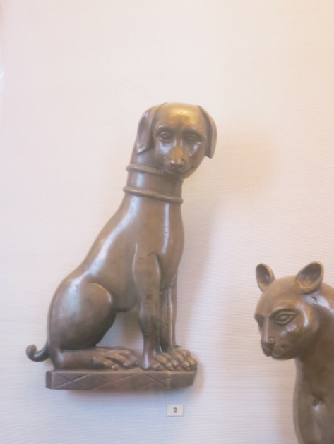 Putin dog statue at the Hermitage
