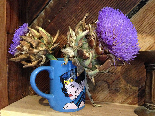 Blue Wonder Woman mug with purple flowers