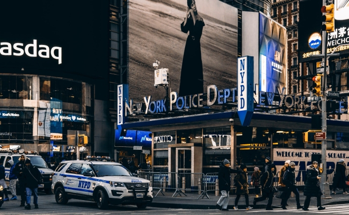 New York Police Department Times Square NYC photo credit Meriç Dağlı